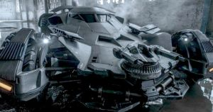 our-best-look-yet-at-the-batplane-in-batman-v-superman-wb-384202